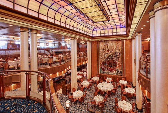 The dining conversation (Cunard- Queen Mary 2)
